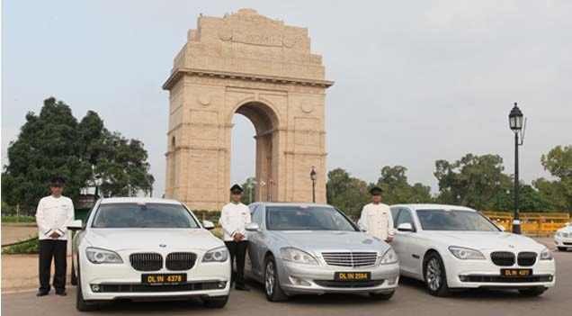 Make Use Of Jaipur Car Rental Service To Discover The Stunning Places